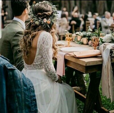 bridal party at the wedding table how to choose a photographer with the celebrant angel