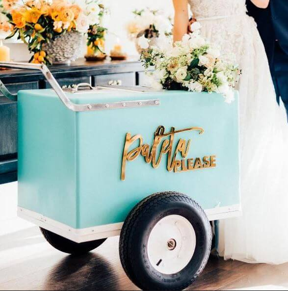 blue icream van for a wedding ceremony how to make a ceremony more fun