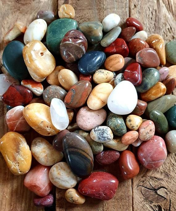 photo of rumbled colours stones that could be used by guests for a symbolic ritual oathing ceremony