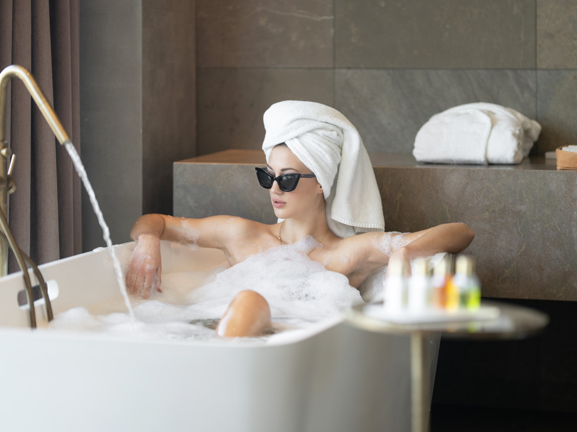 lady chilling in the bath how to beat wedding day nerves with the celebrant angel
